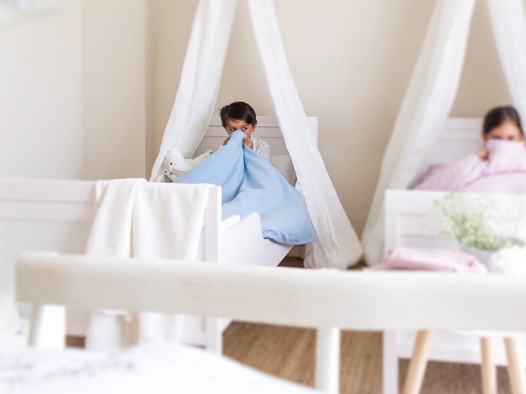 Funda de lino lavado a la piedra en azul provenza perfecto para la cama de tu hijo/a, hazte con tu funda única o regala un detalle a una mamá.