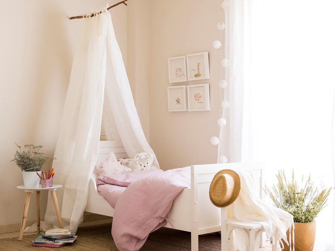 Funda de lino lavado a la piedra en rosa provenza perfecto para la cama de tu hijo/a, hazte con tu funda única o regala un detalle a una mamá.