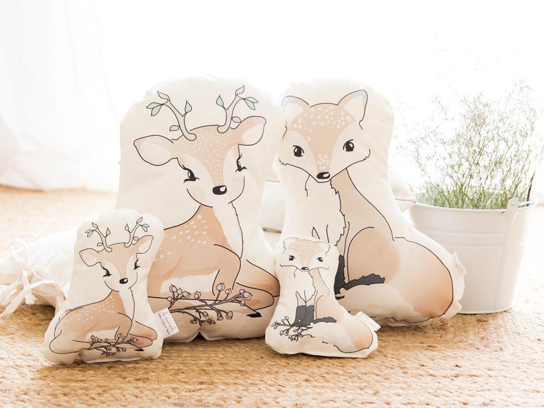 Perfecto sonajero con forma de nuestro pequeño zorro, para bebés o para decorar la cuna. Un regalo original de nacimiento, bautizo, o baby shower.