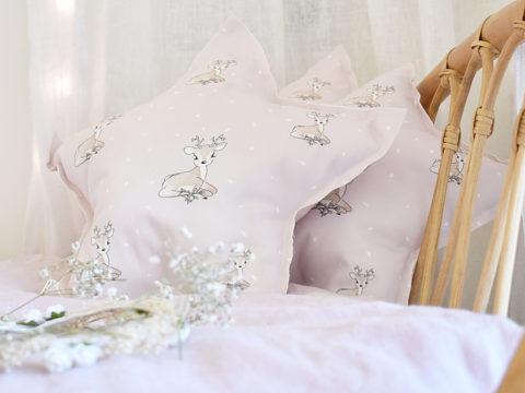 Estrella rosa de algodón orgánico y ecológico