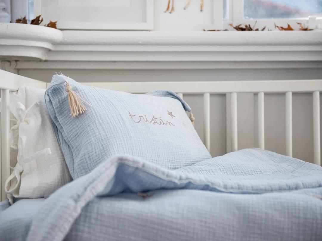 Edredón cama y cojín personalizado. Ropa de cama niños personalizada.
